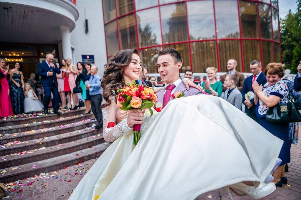 жениха невесты знакомств истории и